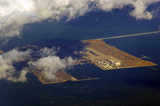 日本关西机场下陷中!906根巨大圆柱抢救地基
