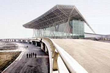 天津滨海国际机场新航站楼高架桥已建设完工
