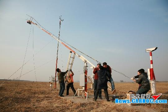 山西空管分局更换风传感器设备确保春运正常