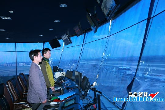 太原机场遇狂风暴雨 山西空管分局沉着指挥