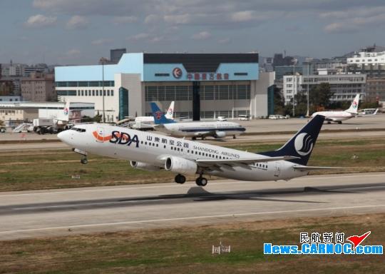 云南机场集团客流量2629万余人 实现安全年