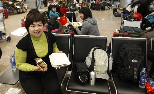 中国4架包机飞往开罗 接回滞留埃及中国公民