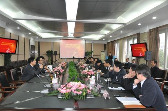 东航副总唐兵莅临四川分公司 调研指导工作