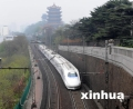 武汉至南京线:高铁呼啸向前 飞机悄然退场
