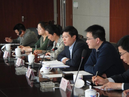 管理局召开促进新疆航空市场快速发展座谈会