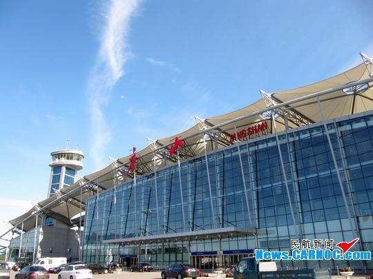 空中走廊通向大江南北:唐山机场通航一周年