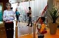 """法机场测试新服务 """"虚拟人""""引导旅客登机"""