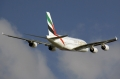 """图:阿联酋航空是空中客车A380客机的最大买家,A6-EDA号A380-861型客机是阿联酋航空首架A380客机,2008年7月28日交付。<a href=http://pic.feeyo.com target=_blank>民航图库</a>图片,摄影:民航资源网网友""""<a href=http://pic.feeyo.com/photo.jsp?userid=220246 target=_blank>kmwangchen</a>""""。(浏览作者图库原帖《<a href=http://pic.feeyo.com/posts/488/4887278.html target=_blank>[原创][SYDWC]新角度,美丽的起飞</a>》)"""