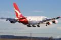 """图:澳洲航空是空客A380飞机的第三家运营商。澳洲航空VH-OQA号A380客机。<a href=http://pic.feeyo.com target=_blank>民航图库</a>图片,摄影:民航资源网网友""""<a href=http://pic.feeyo.com/photo.jsp?userid=45806 target=_blank>LovelyXYZ</a>""""。(浏览作者图库原帖《<a href=http://pic.feeyo.com/posts/444/4446161.html target=_blank>[原创][CASG]墨尔本一天出现两架QF380~~</a>》)"""