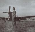 中国飞行员王成武在抗日战争时期在昆明巫家坝机场的留影