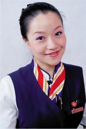 图:东航河北分公司乘务长蔡莉 摄影:俞雪