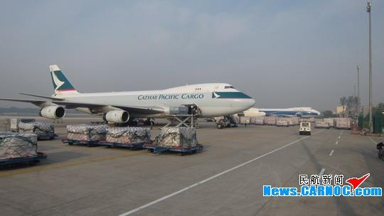 国际货�9ak9c_郑州机场国际货邮吞吐量创货邮单日历史新高
