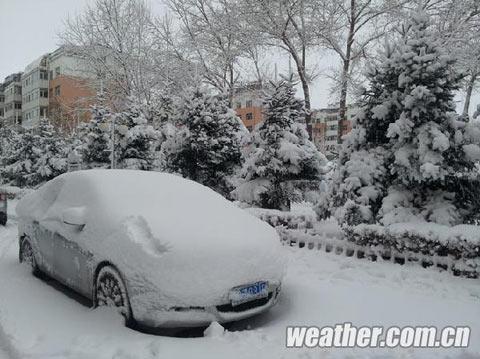 东北遭50年不遇强降雪 10余个机场陆续关闭
