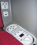 There are USB ports and power outlets in the business class. Photo/Hainan Airlines