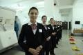 新乘学员服务礼仪展示。 (摄影:冯明远)