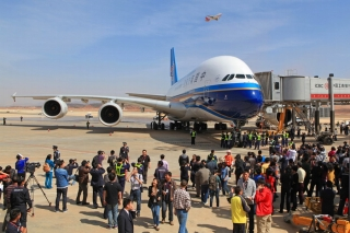 A China Southern A380 super jumbo arrived at Kunming Changshui International Airport on the afternoon of Mar. 1, 2013