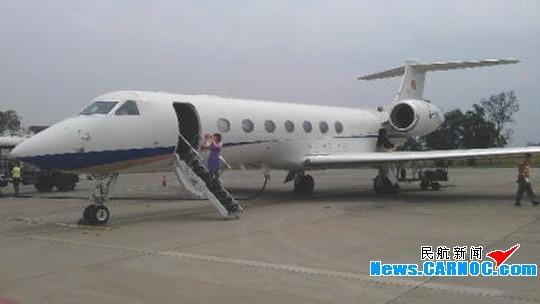 百色机场地勤顺利完成南山公务包机保障任务