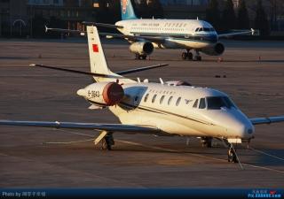 组图:民航局飞行校验中心奖状XLS型飞机集锦