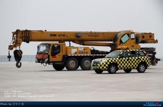 """合肥骆岗机场专用车辆大迁移。 (摄影:民航资源网网友""""空中之客"""")"""