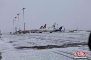 昆明机场关闭引连锁反应 滇多地机场紧急应对