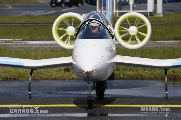 """减少排放和噪音 空客集团推出""""电动飞机"""""""