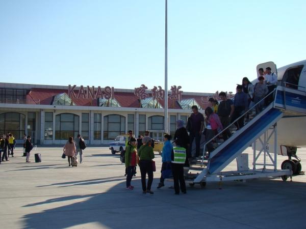 冬眠8個月 喀納斯機場2015年正式復航