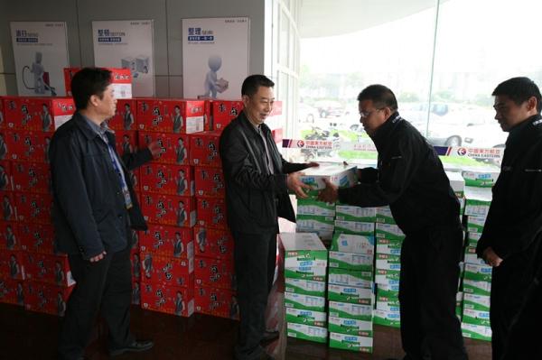 中联航河北分公司总经理国庆慰问一线员工