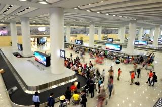 十一黄金周云南12个机场运送旅客近93万人次