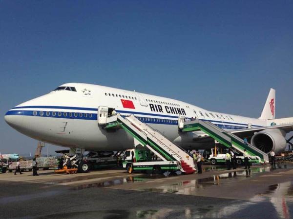 广州白云机场成功保障国航新机型波音747-8