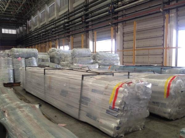 白云机场保障沙特包机大型装修建筑材料出港