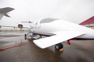 ABACE 2015上的参展飞机 (摄影:张四军)