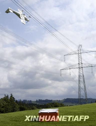 直升机低空飞行:高压线为何屡成安全杀手?
