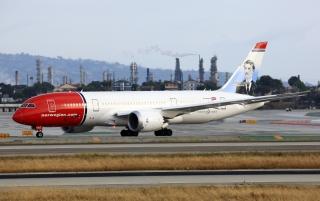 """挪威航空。NorwegianEI-LNG号BOEING 787-8型客机。民航图库图片,摄影:民航资源网网友""""Sea-Flanker""""。浏览作者图库原帖《[原创]【LAX】**********洛杉矶24L/R神仙位,如此宽体盛宴真是不得不服[1600*1067]**********》。"""