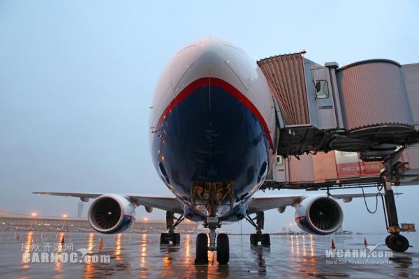 长水机场迎俄罗斯奥伦堡航空首航包机