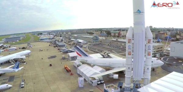无人机取代直升机记录巴黎航展 视频获取免费