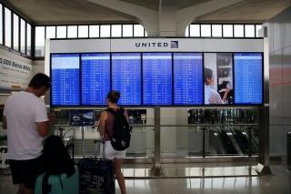 美航企合并潮现后遗症:机场垄断 票价上涨