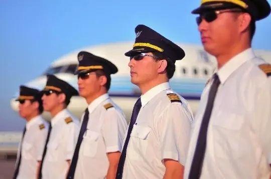 中国公务机飞行员:缺口多大?
