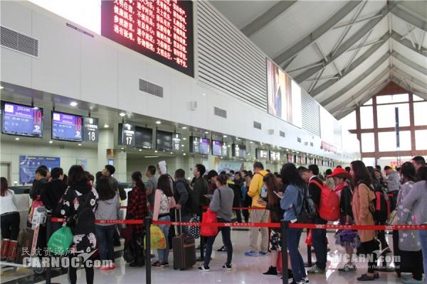 丽江机场国庆黄金周共保障运输航班1054架次