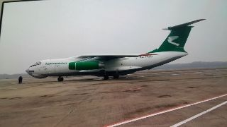 发往土库曼斯坦的特种货物从南京机场装机起飞