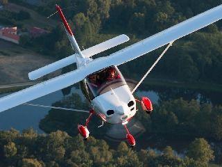 泰克南四座新型飞机P2010获FAA型号认证