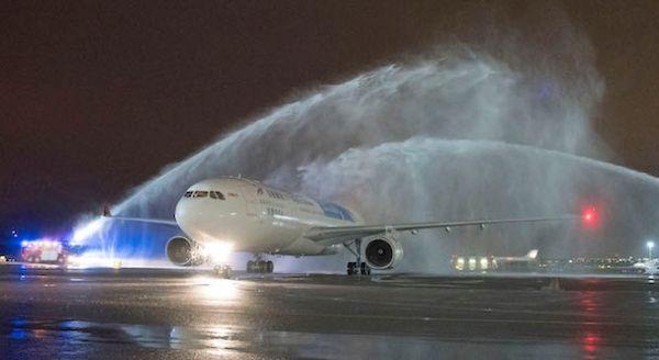 华东地区首条直飞西班牙航班顺利启航