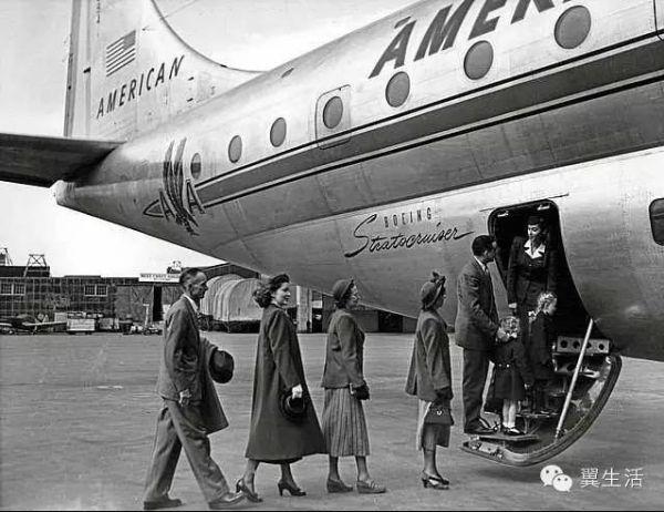 【暴露年龄的照片】属于30年前那个飞行时代