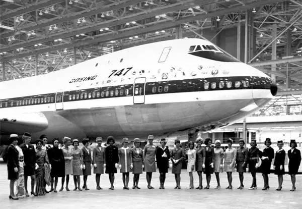 法航B747与制服——半个世纪的罗曼蒂克
