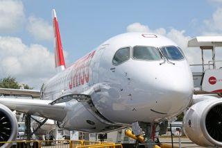庞巴迪CS100支线客机 (摄影:沈铨)