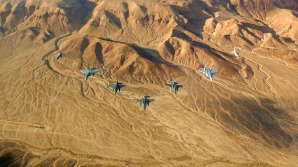 以色列2架战斗机险与客机相撞 航空公司否认