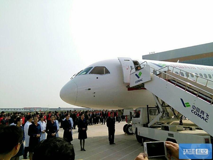 2010年12月空客宣布用10亿美元换leap-x1c发动机,让a320的航程增加到图片