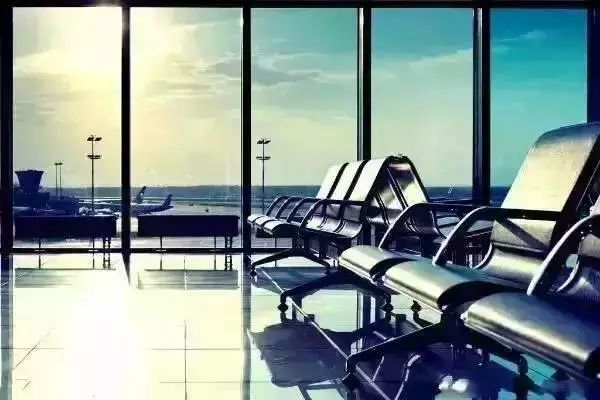 中国骄傲,中国机场建设令外媒惊叹!