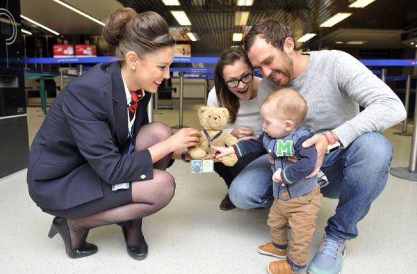 英国小男孩遗失玩具泰迪熊 航空公司帮忙拾回