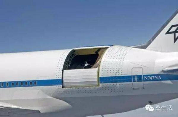 机翼下蓝色的发动机,就是装备空客a330的pw4170发动机.图片
