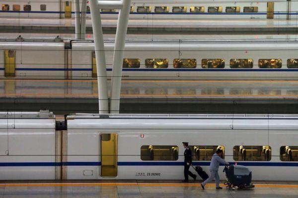 """上海铁路东站""""隐约现身"""" 距离浦东机场5公里"""